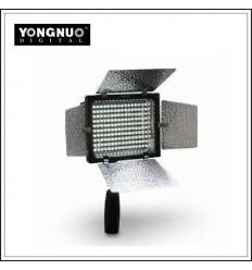 YongNuo LED160III m Barndoor og 4 diffusese til farvekontrol